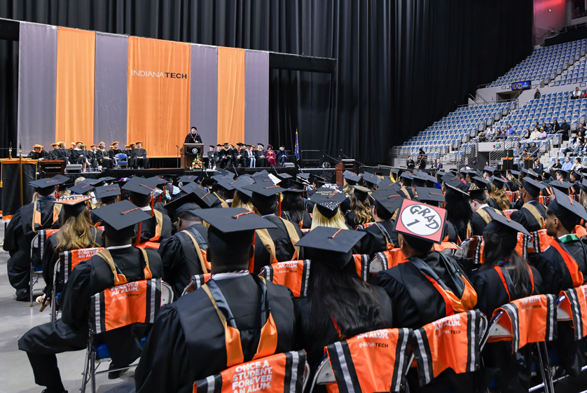 President Einolf addressing the graduating class of 2019